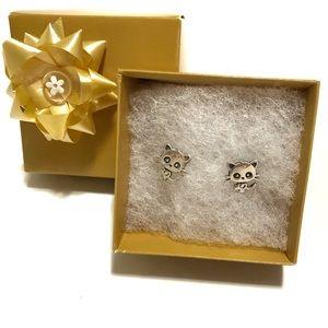 Silver Kitty Cat Earrings 🐱